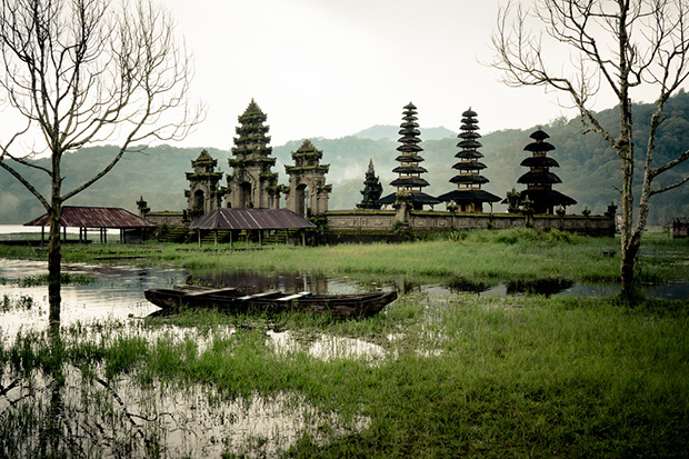 Озера Буян и Тамблинган