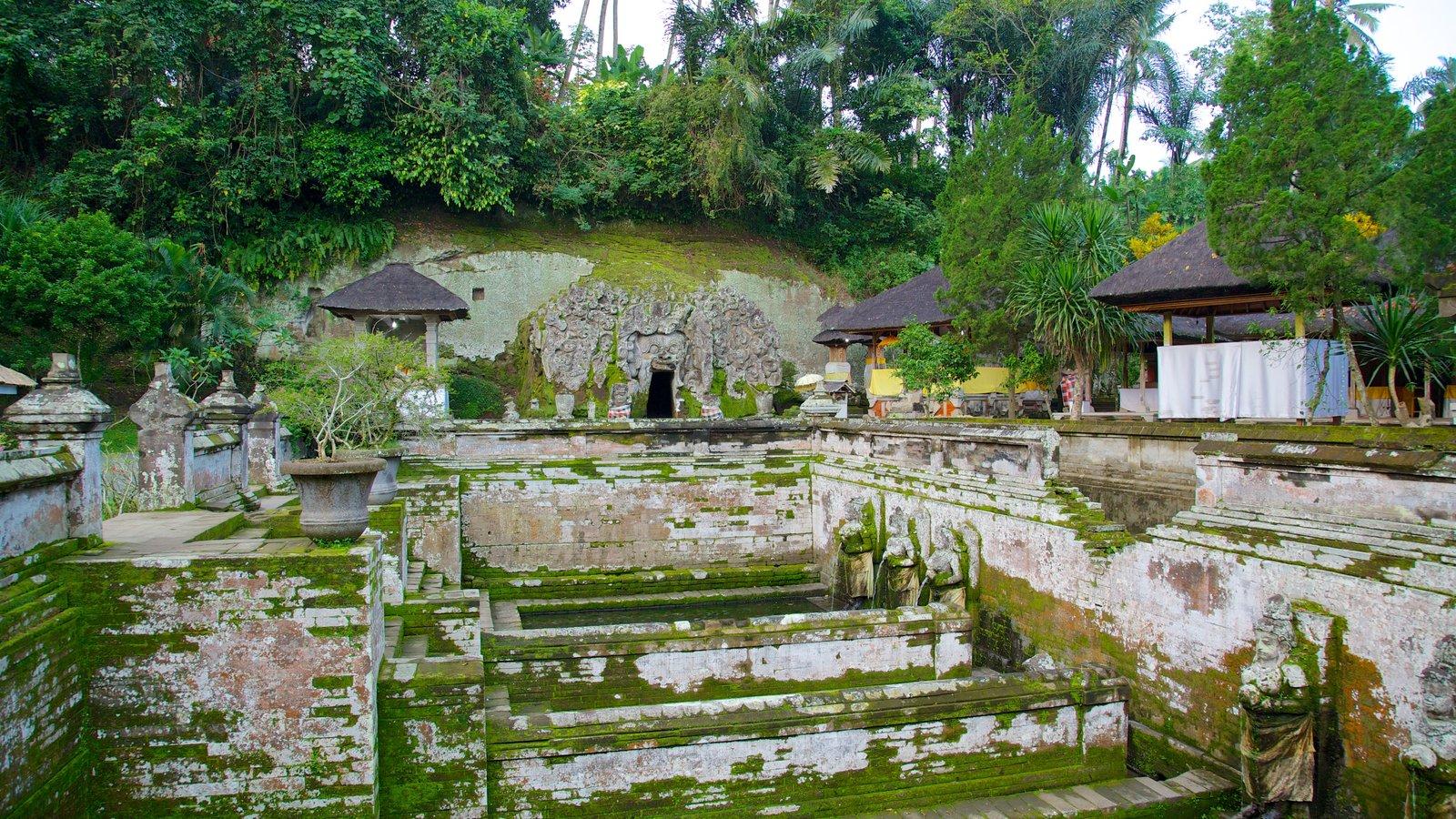 Пещеры Гоа-Гаджа, Бали