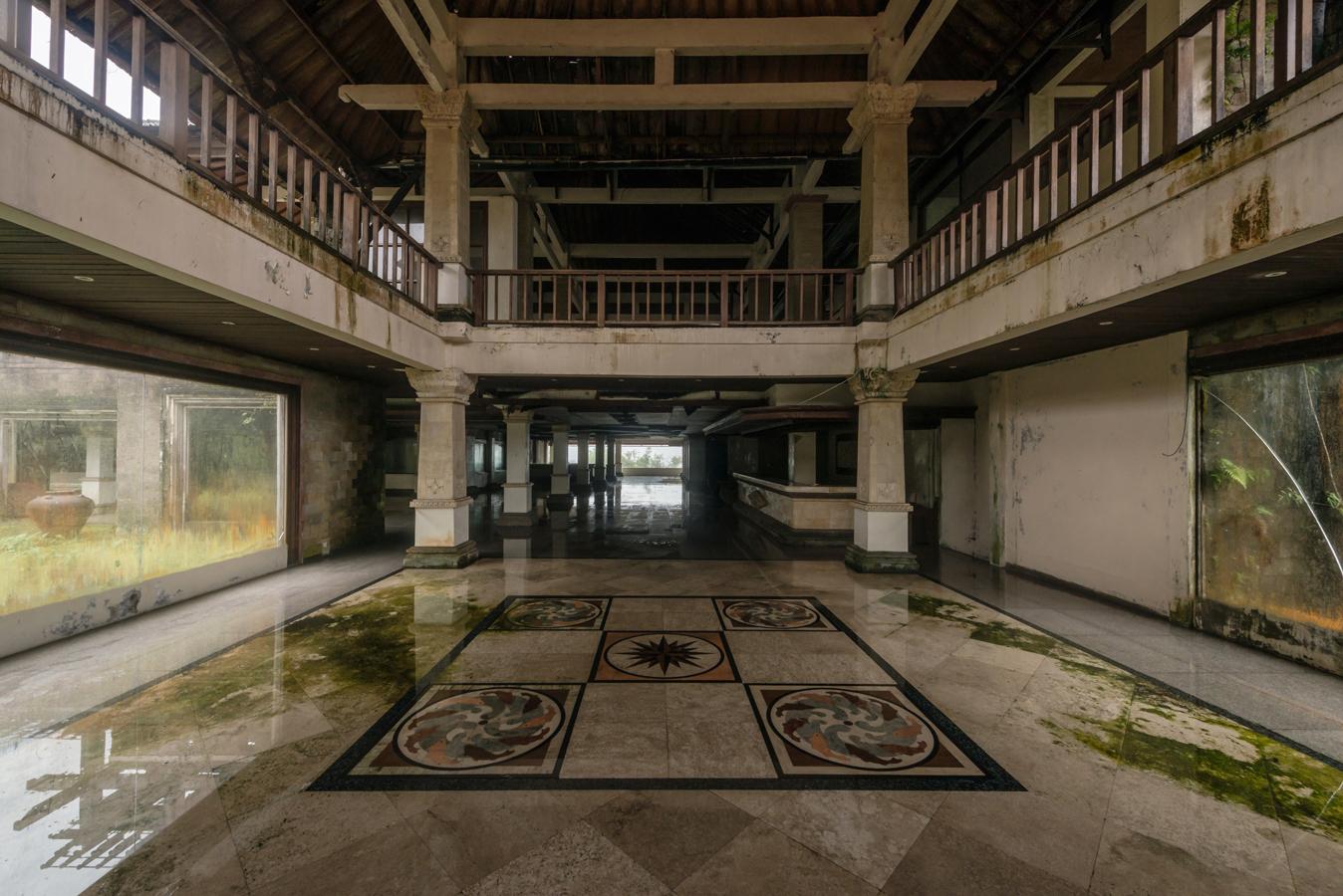 Заброшенный отель P. I. Bedugul Taman Rekreasi